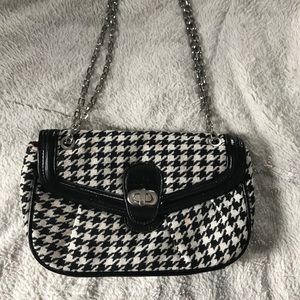 Black and white Express purse
